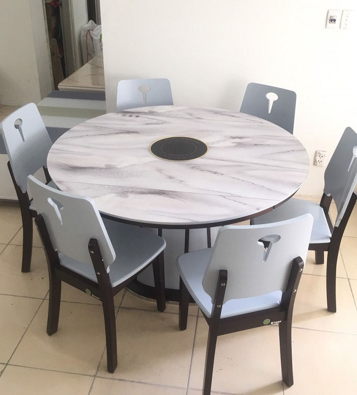 Bàn ăn tròn mặt đá mang đến không gian đẳng cấp cho phòng bếp-3