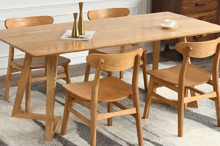 Khám phá bàn ăn gỗ sồi hiện đại qua 5 ưu điểm nổi trội