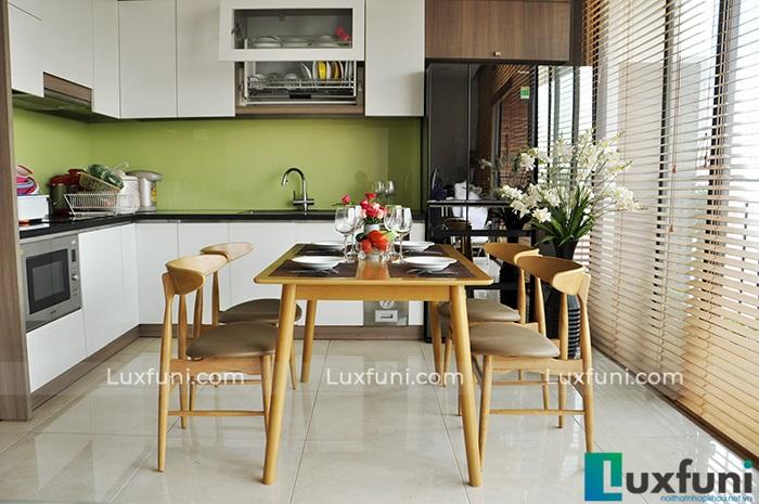 Tổng hợp 10+ mẫu bàn ghế ăn gỗ đẹp hiện đại -13