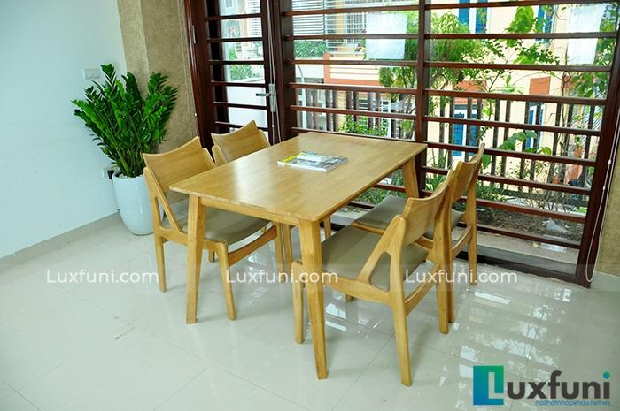 Tổng hợp 10+ mẫu bàn ghế ăn gỗ đẹp hiện đại -7