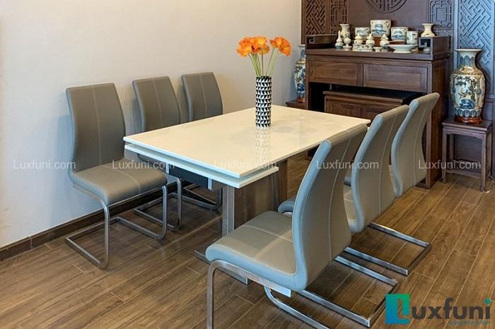 Mê mẩn với 4 mẫu bàn ăn 8 ghế hiện đại dành cho gia đình đông người-2