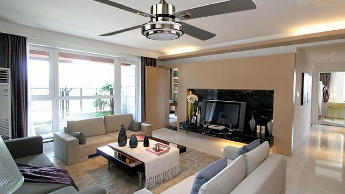 Sử dụng quạt trần cho phòng khách đẹp