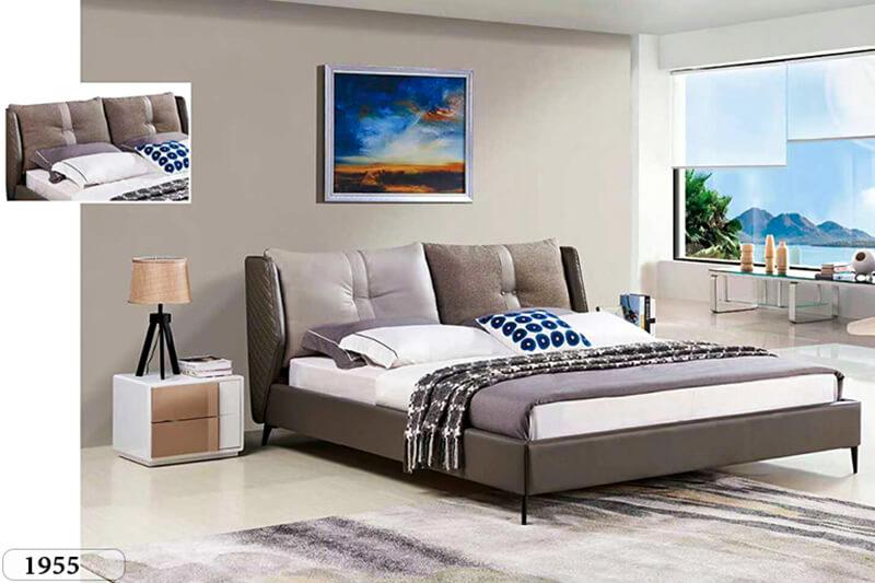 Ngoài chiếc giường ngủ chính; bạn có thể trang trí phòng ngủ đơn giản bằng một hoặc hai chiếc tủ đầu giường.