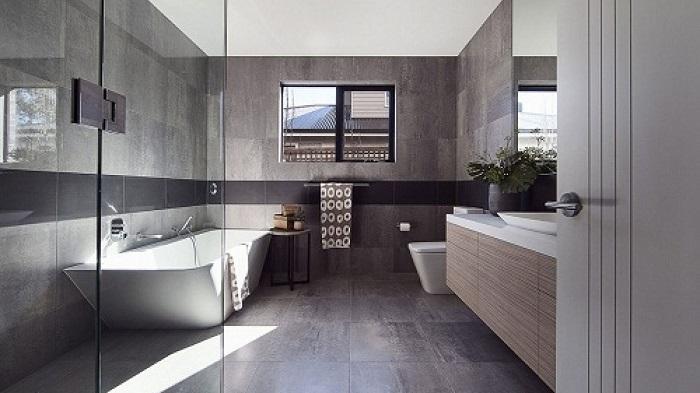 gạch lát sàn nhà tắm cần chống trơn trượt