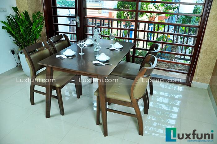 bàn ăn Bắc Âu Ashley bằng gỗ cao cấp