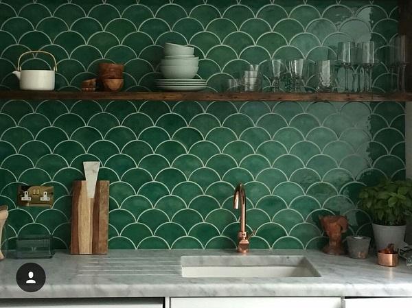 Gạch vẩy cá ốp lát trang trí nhà bếp